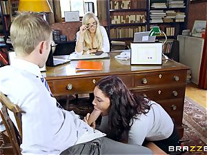 meaty dicked instructor plumbs sumptuous college girl Emma Leigh