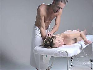 Deep softcore massage for the pale delicate Alecia