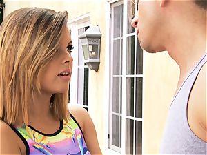 Keisha Grey gets active with her BFFs man