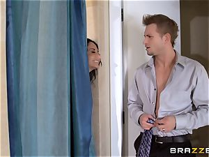 meaty boobed Ava Addams cheats in the shower