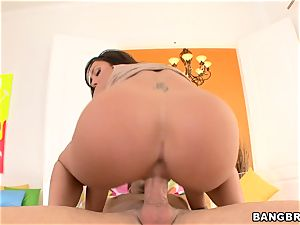 Tiffany Brookes vibrates her clittie while a man rod glides inwards her