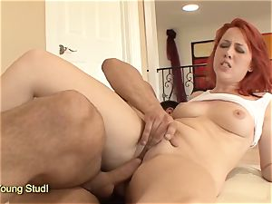 red-haired Ivy Rider drilling and facial