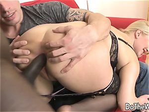 scorching towheaded wifey takes bbc in her culo