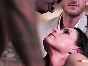 super-hot wifey India Summer orgasming on a black salami