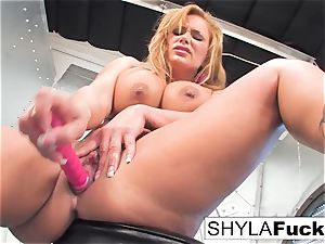 Shyla gives you a marvelous unwrap and solo