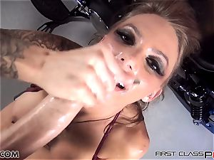 first Class pov - Juelz take a big man-meat in her mouth