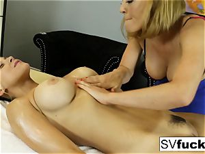 Sarah Vandella all girl massage