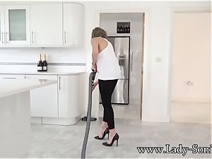 phat tit mature gal Sonia cleaning and nipple torment