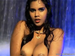 brown-haired babe From insane India