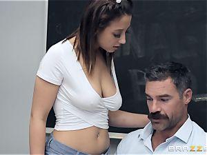 Marilyn building pounding the schoolteacher