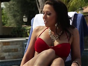 Nikki Benz rails penis at her favourite resort