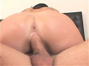 super-hot London Keys rides her cunny on this rock-hard dick