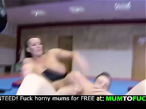 mom and son! firm buttfuck boink!!