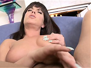Rahyndee James thumbs her wet pussyhole