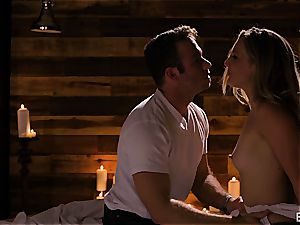 Mona Wales has a romantic love session with her luxurious dude
