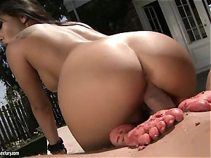 steamy chinese Asa Akira keeps on teasing her man's fuck-stick until it blows jizz on her