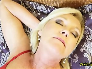 mummy onanism and Toe deep throating climaxes with Ms Paris