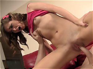 Riley Reid Has Her very cock-squeezing twat