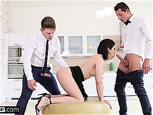 lady Dee plays with two schlongs and a fuck stick