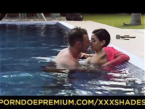 gonzo SHADES buxom latina honey fucked by the pool