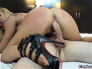 mischievous blond pumps her mature slit