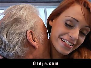 Oldman Gustavo blessed to plow jaw-dropping Erica Fontes